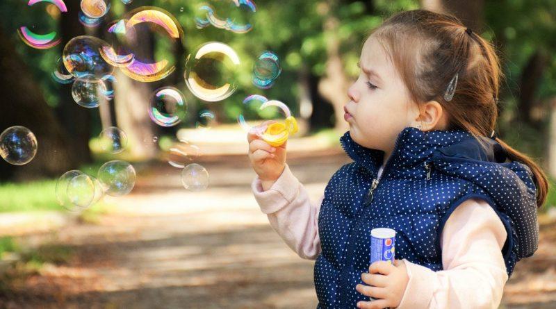 Kontakty z dzieckiem osób innych niż rodzice i dziadkowie